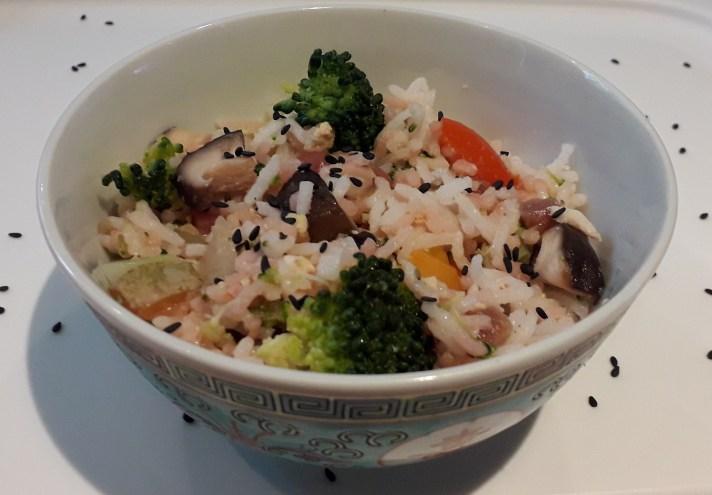 Gebakken rijst met shiitake en rode biet - recept