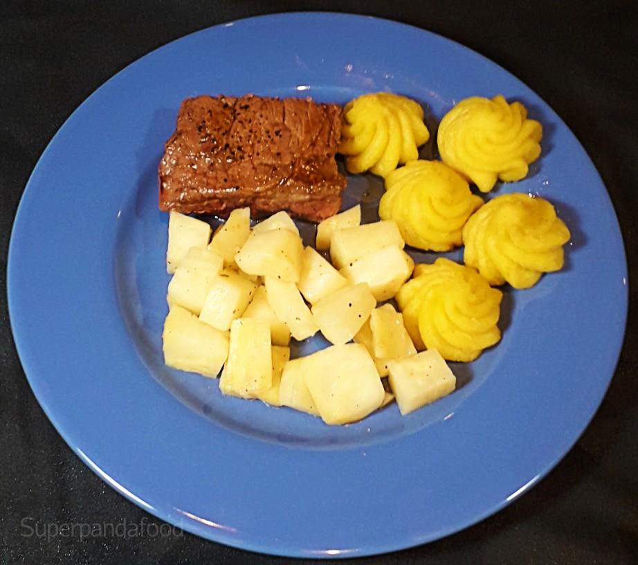 Gestoofde 5-elementen-knolselder met biefstuk en pommes duchesse