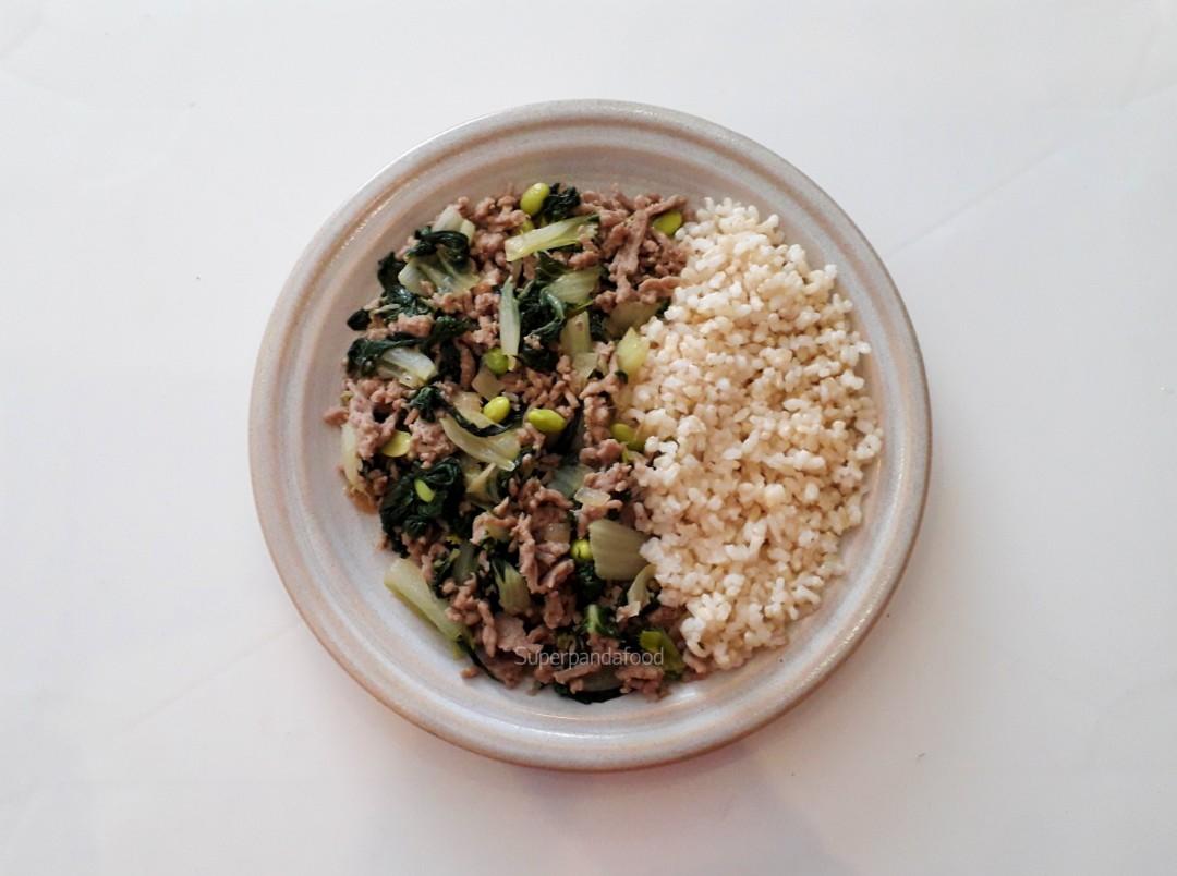Oosterse 5-elementen gehaktschotel met paksoi en edamame - 5-elementen-koken - Superpandafood