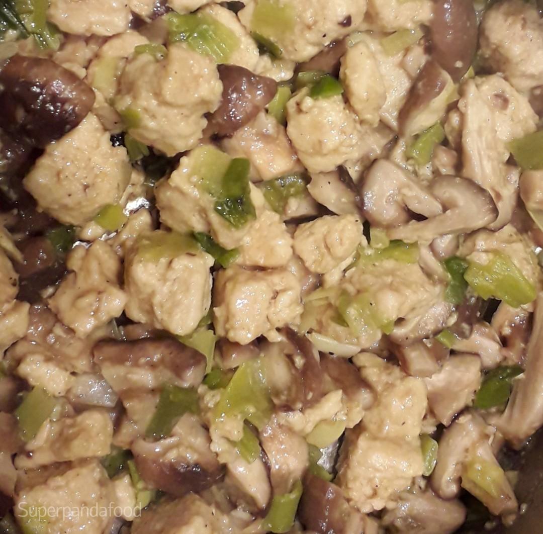 Quorn, shiitake en lente-ui | Antivirale voeding